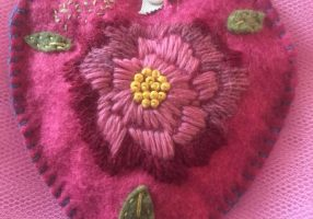 Make an Appliqued Heart at Ulverston Knits and Stiches