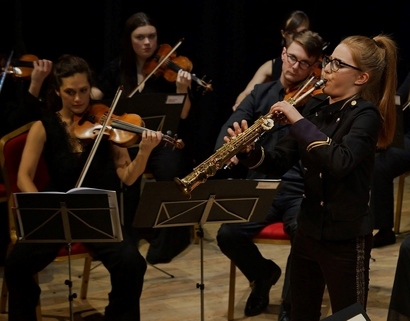 Manchester Camerata with Jess Gillam - Choose Ulverston